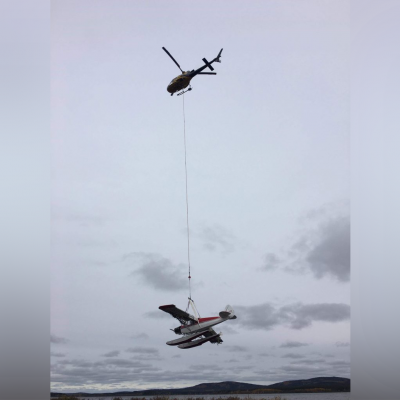 Transport d'avions dans Chutes-des-Passes